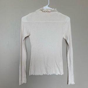 Tops - White long sleeve shirt only worn twice